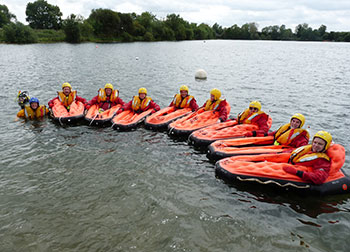 survival training school Group training