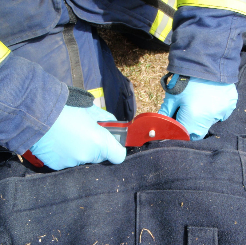 S-CUT 501 cut through firefighters protection clothes
